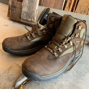 Timberland Boots. Men's size 13. Worn once!